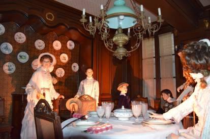 Une salle à manger qui reprend vie, maison de tante Léonie, Illiers-Combray